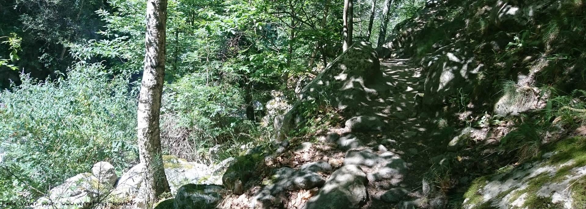 cascades saint vincent et des anglais