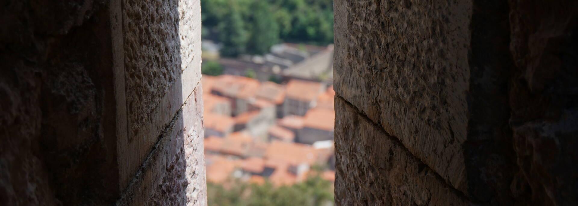 Vue sur Villefranche de Conflent depuis une échauguette