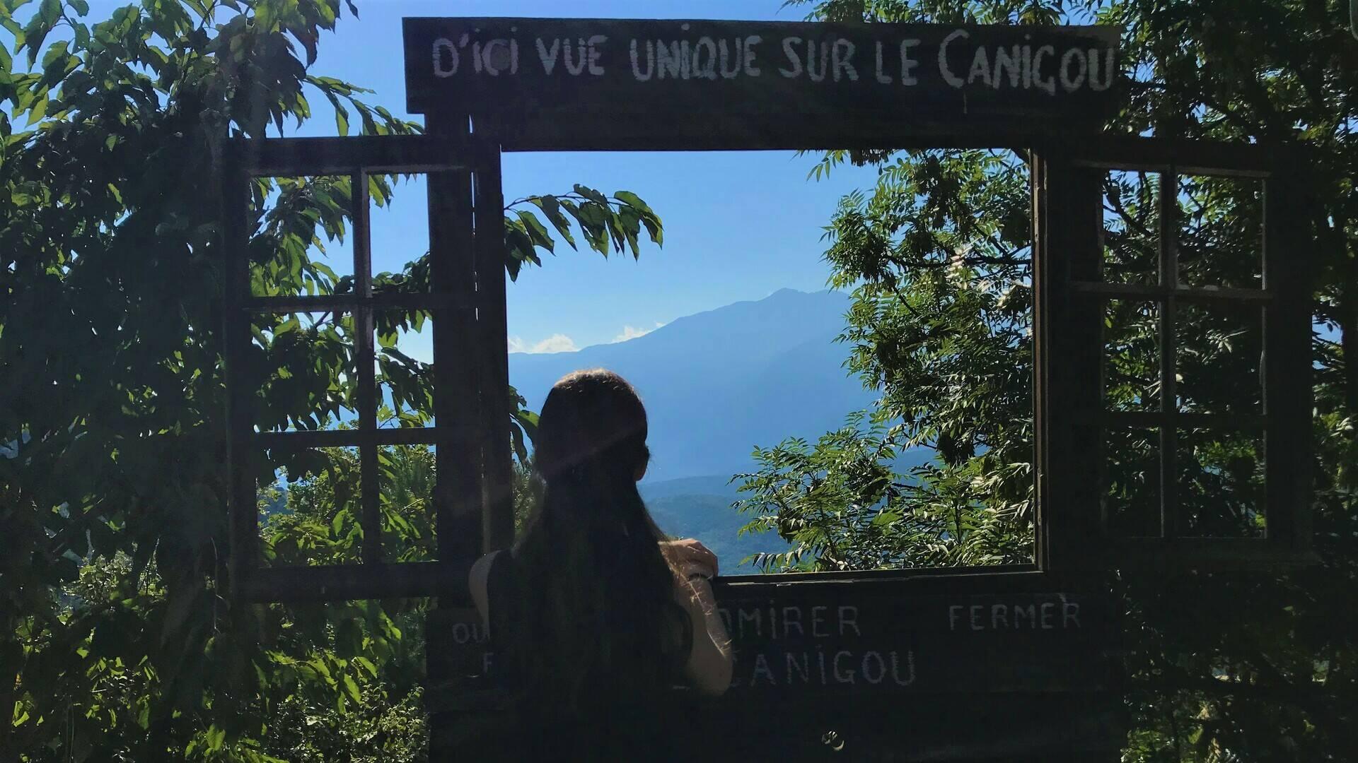 La fenêtre du Canigou