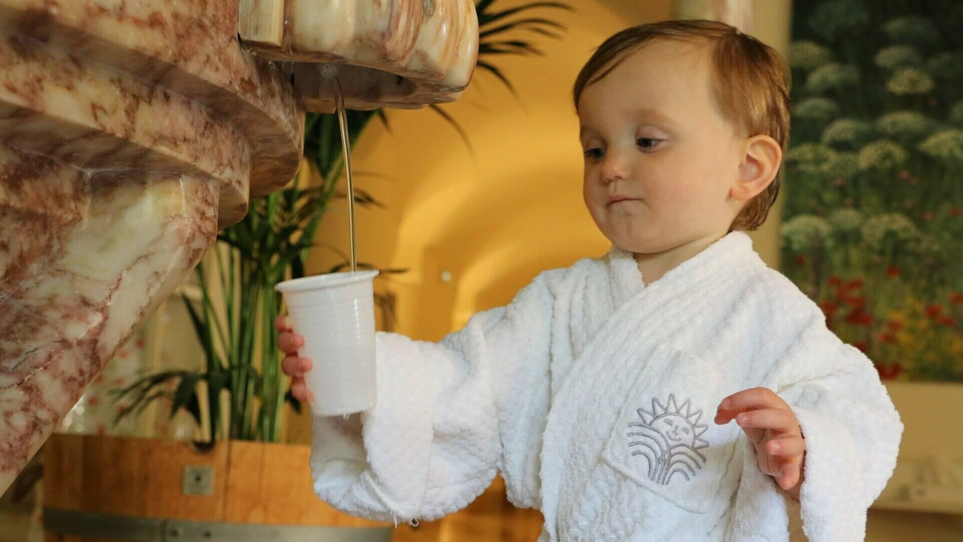 cure de boisson enfant molitg les bains