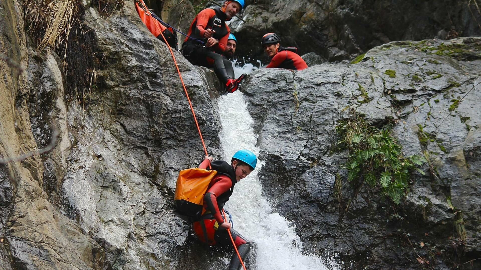 canyon d'eau chaude pyrénées